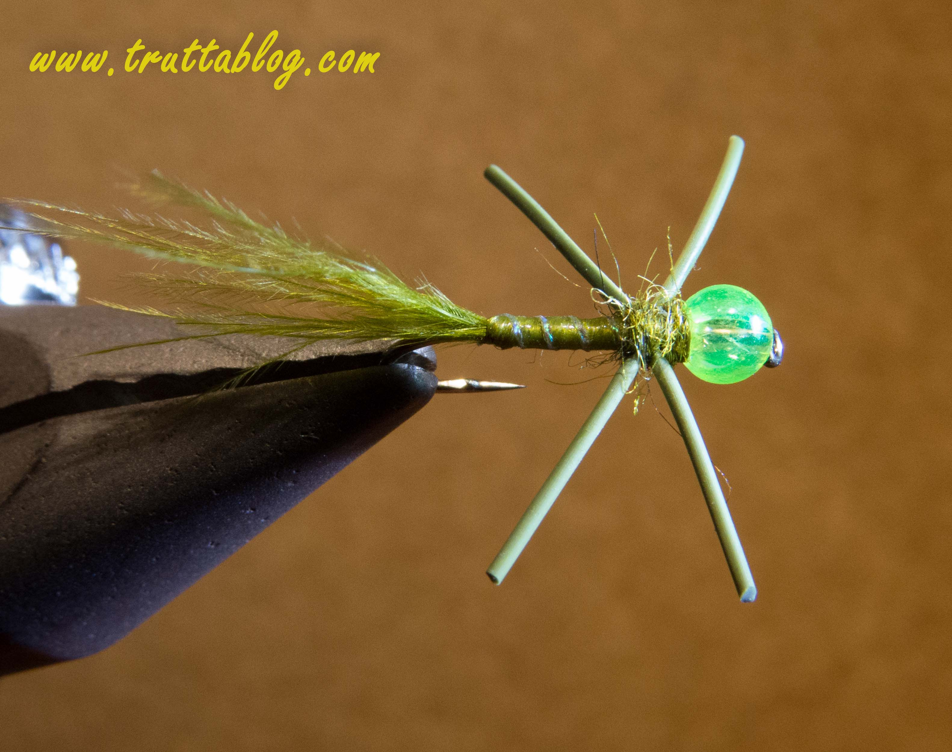 Slinky Damsel
